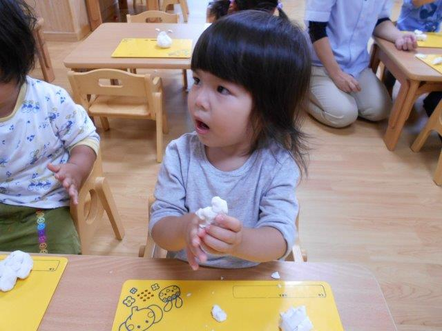 1才児粘土あそび